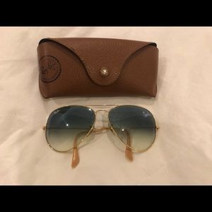 Ray-Ban Light Blue Gradient Aviator Sun Glasses